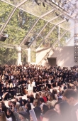 ambient-image-of-the-burberry-prorsum-womenswear-spring_summer-2014-sho_001