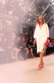 ambient-image-of-the-burberry-prorsum-womenswear-spring_summer-2014-sho_004