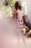 ambient-image-of-the-burberry-prorsum-womenswear-spring_summer-2014-sho_010