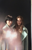 backstage-at-the-burberry-prorsum-womenswear-spring_summer-2014-sho_002