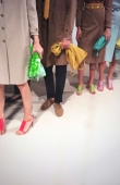 backstage-at-the-burberry-prorsum-womenswear-spring_summer-2014-sho_011