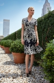 carolina-herrera-resort2014-runway-15_155649871120