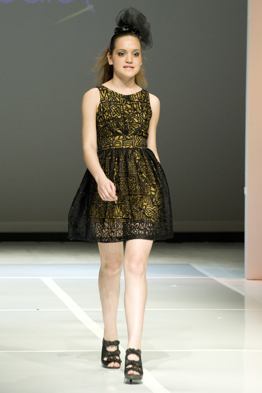 RUNWAY READY 2012 (BLOG)