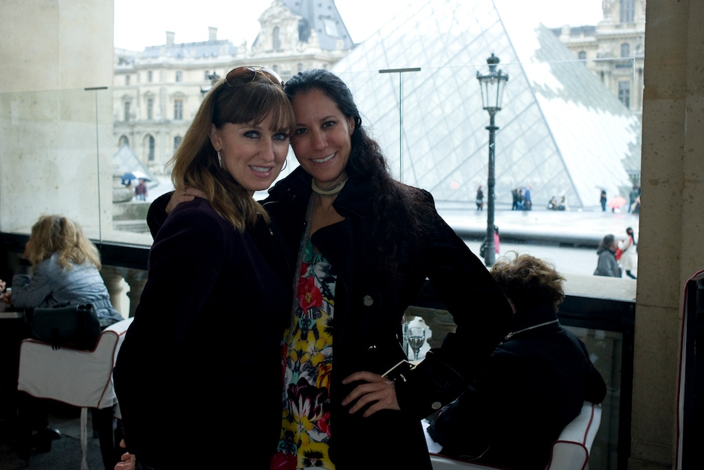 IN-FRONT-OF-LOUVRE