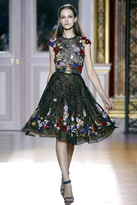 zuhair_murad_couture_fall_2012_003_390388688_north_552x