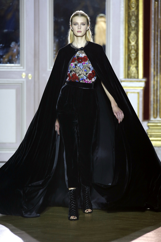 zuhair_murad_couture_fall_2012_01_578583030_north_552x