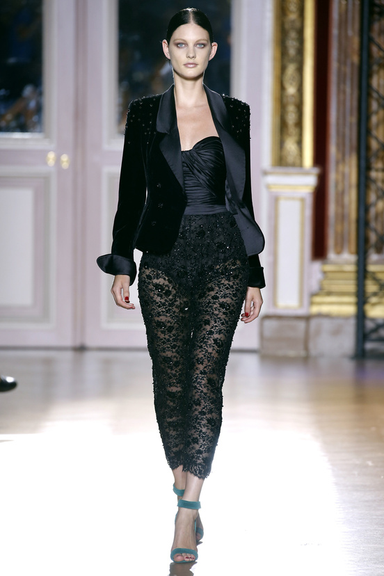 zuhair_murad_couture_fall_2012_04_425939270_north_552x