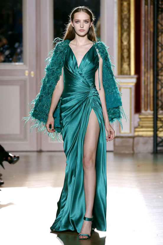 zuhair_murad_couture_fall_2012_31_439866020_north_552x