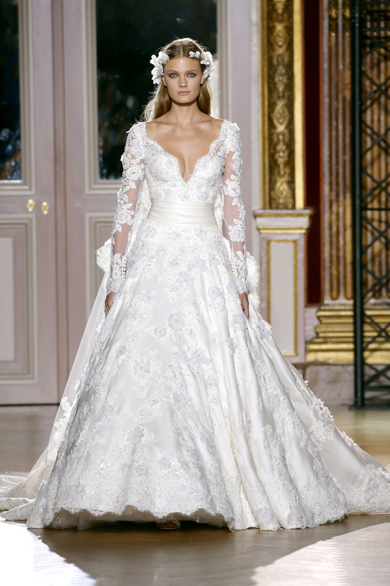 zuhair_murad_couture_fall_2012_42_347130447_north_552x