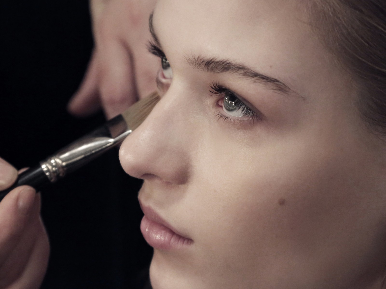 burberry make up at the burberry prorsum womenswear autumn winter 2013 show - the look-8