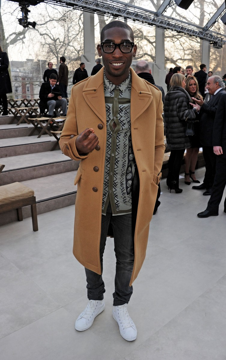 tinie tempah wearing burberry at the burberry prorsum womenswear autumn winter 2013 show