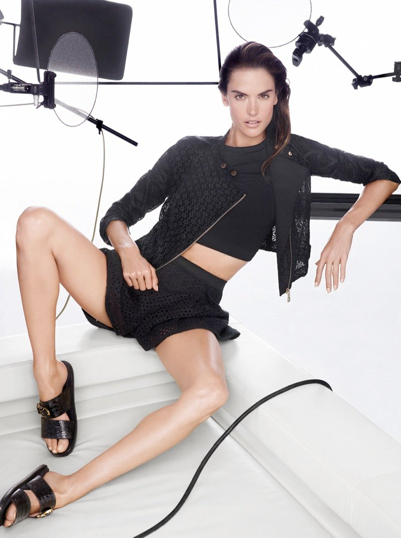 800x1072xpinko-spring-summer-2014-campaign2.jpg.pagespeed.ic.4NMKHzaYPW