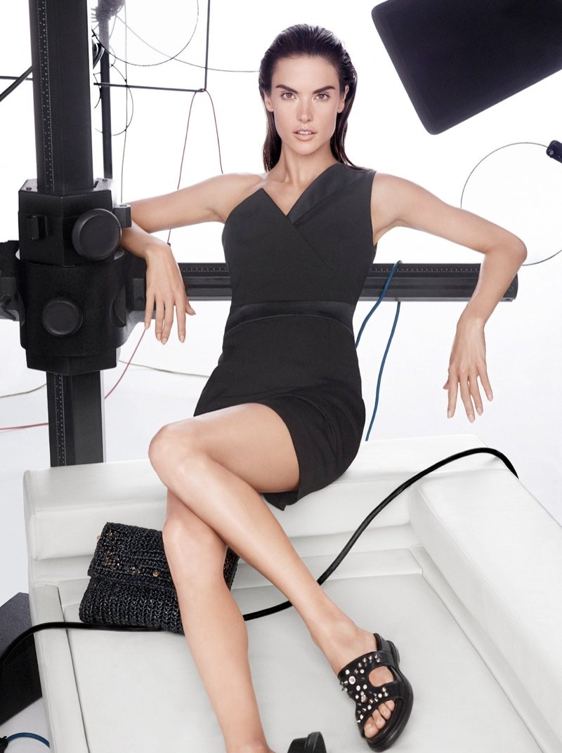 800x1072xpinko-spring-summer-2014-campaign3.jpg.pagespeed.ic.pwkvd-IJsq