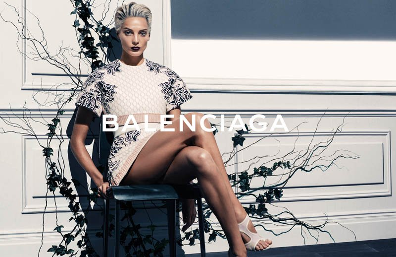 800x518xbalenciaga-spring-2014-campaign2.jpg.pagespeed.ic.rYiRiXtTx4