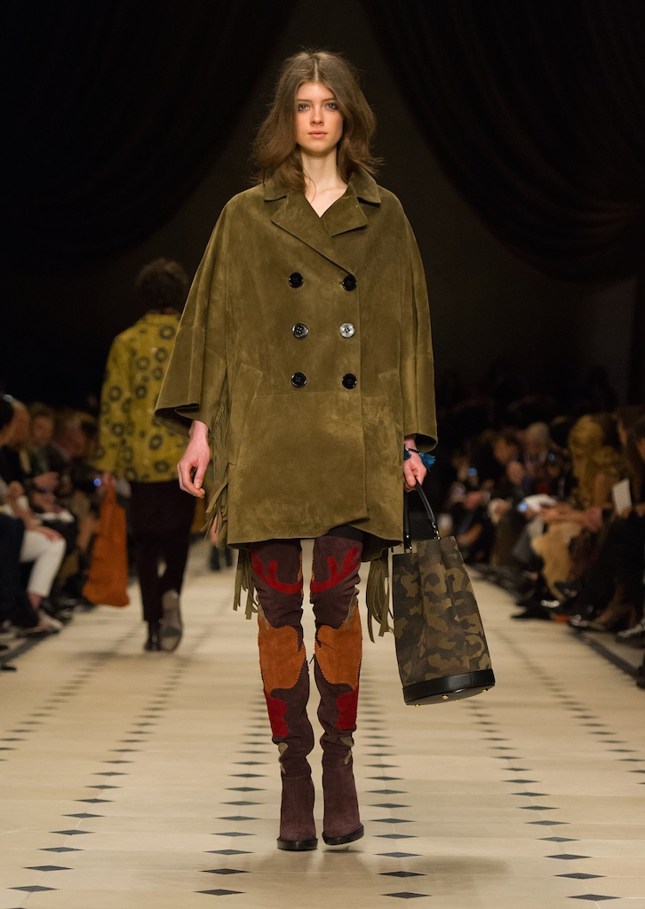 Burberry Womenswear Autumn_Winter 2015 Collection - Look 27