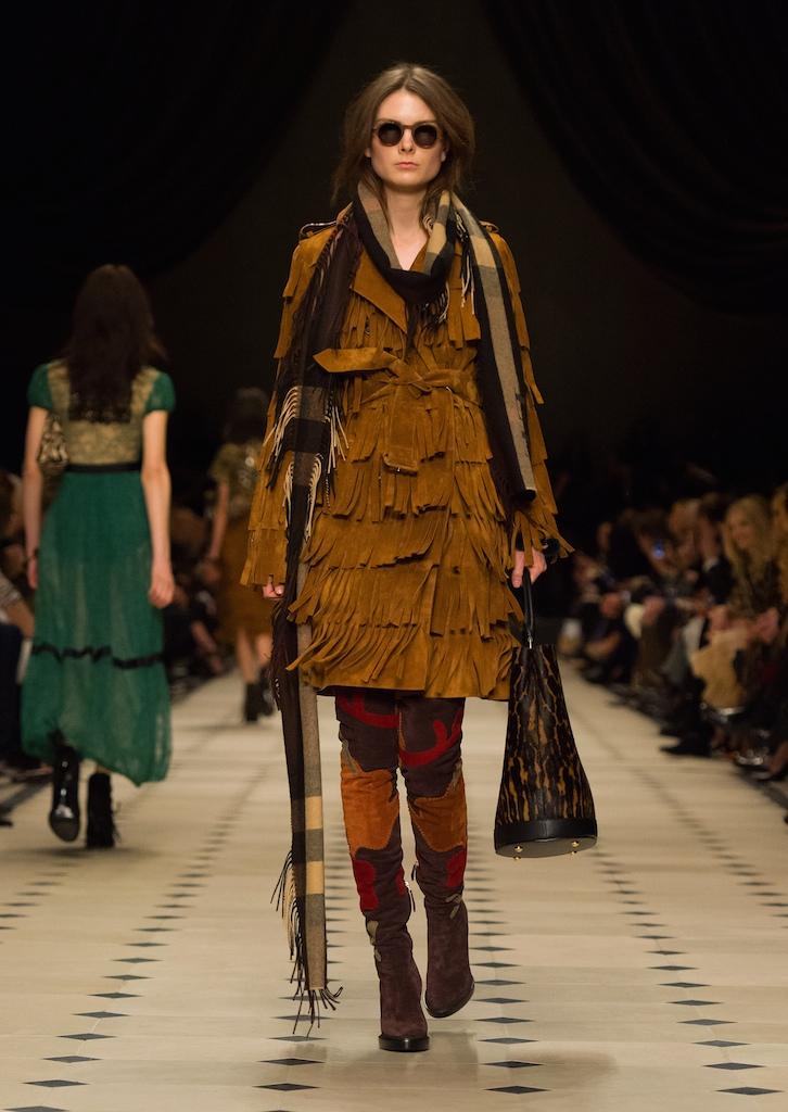 Burberry Womenswear Autumn_Winter 2015 Collection - Look 41
