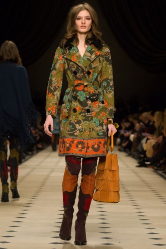 smBurberry Womenswear Autumn_Winter 2015 Collection - Look 13